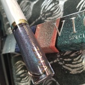 "BNIB UD Vice Lip Effects Top Coat in color ""Ritual"